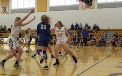 St. Marys Girls Hold Off Ravenswood